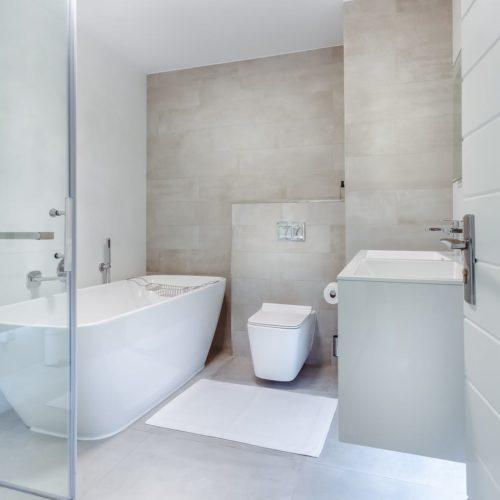 Microcemento en baños: conoce sus aplicaciones
