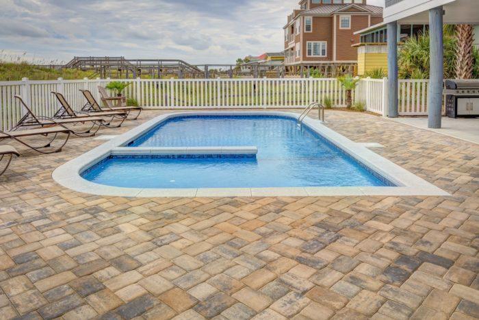 Métodos para proteger tu piscina durante el invierno Reformundo